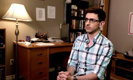 (English) Christian, gay, family ties to Hamas: I'll be killed if I'm deported.