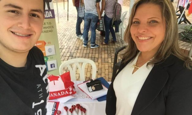 Gira Colombia  Feria Univ Javeriana de cali abri 2017