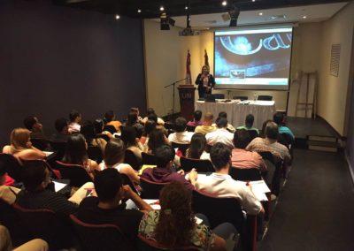 Seminarios y conferencias 12