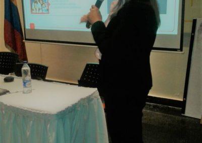 Seminarios y conferencias 13
