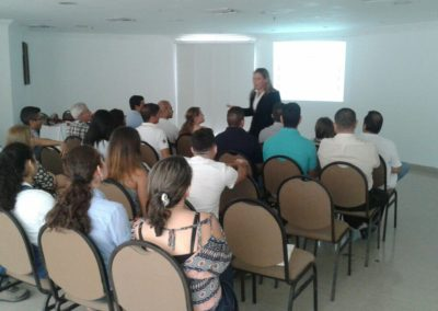 Seminarios y conferencias 16