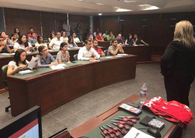 Seminarios y conferencias 8